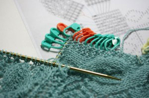 knitting, how to knit, shawl, Victorian Lace Today, leaf & trellis, Karabella Supercashmere Fine