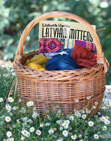 Latvian Mittens Knitting Project