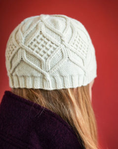 hat, knitting pattern, twisted stitches, cables, Debbie Bliss