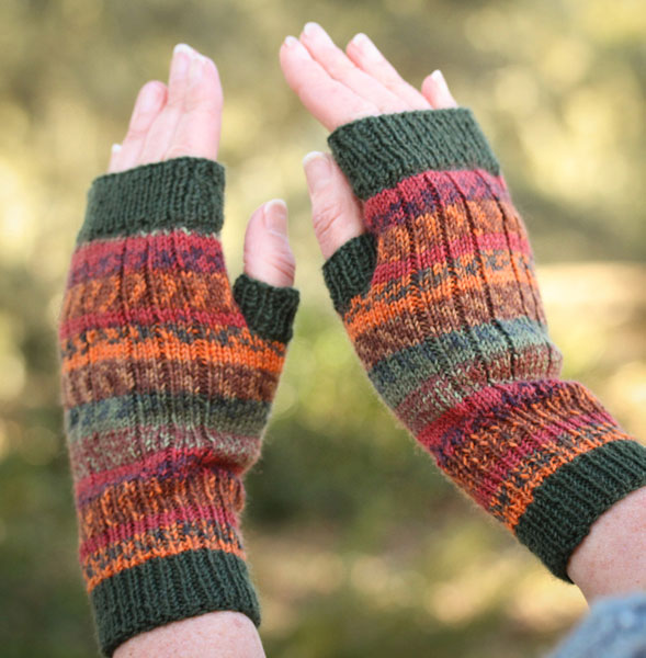 Kellie fingerless mitts, free pattern