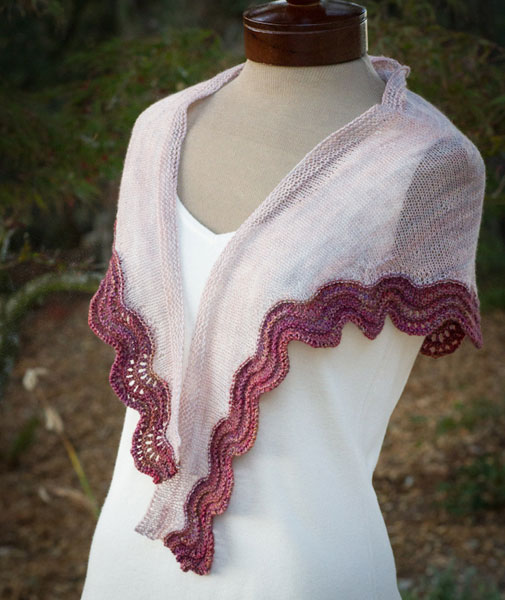 Alana Dakos, Coastl Knits, shawl, Madelinetosh yarn, Sand and Sea Shawlette