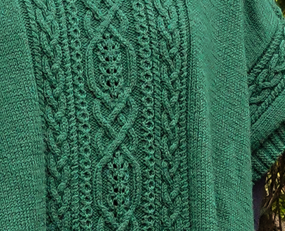 Inishmore Poncho Front_Wreath